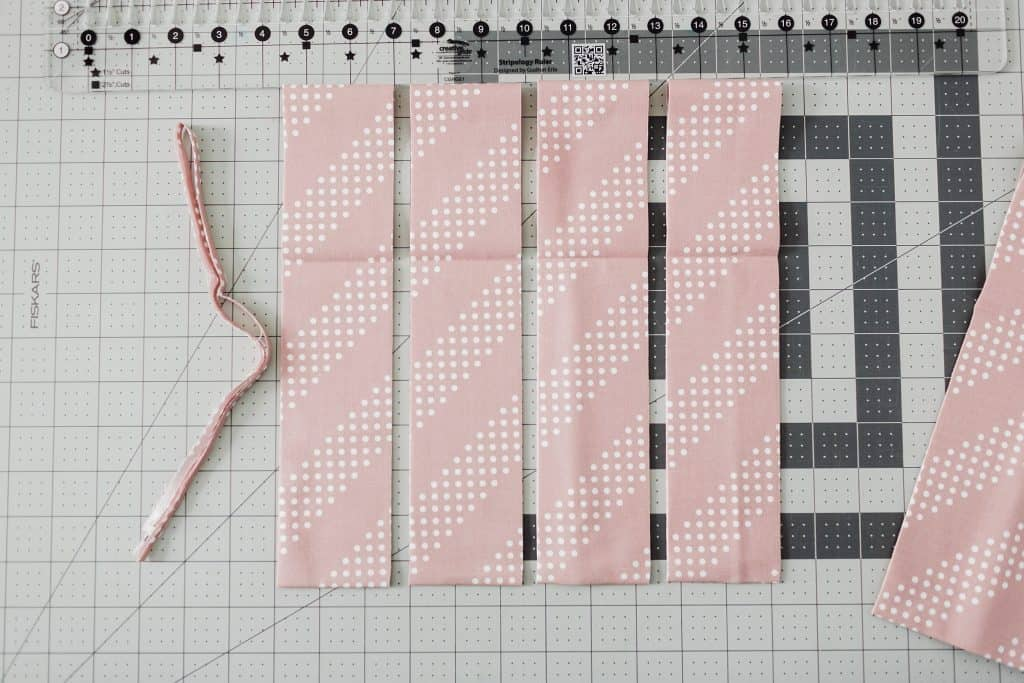 "Stripology ruler demonstration for 2.5"" strips"