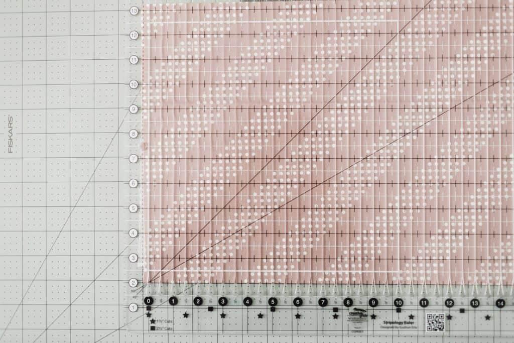 fabric underneath Stripology ruler